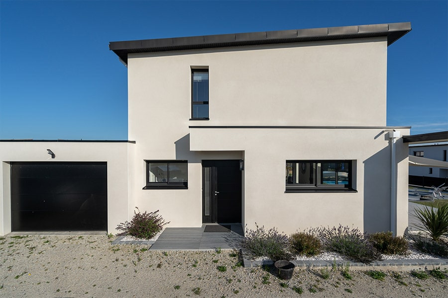 Maison étage monopente zinc