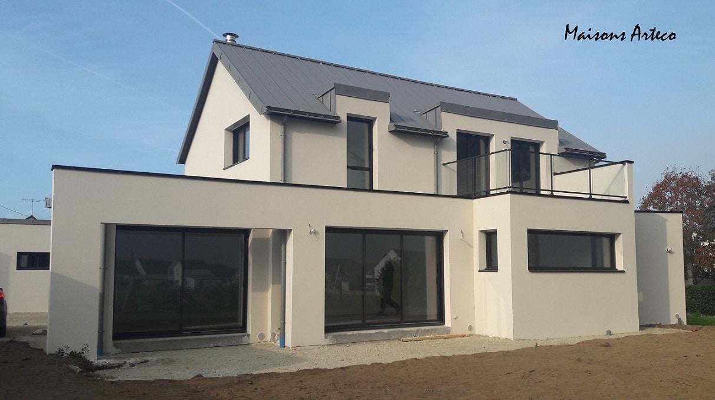 Maison toiture Zinc extérieur